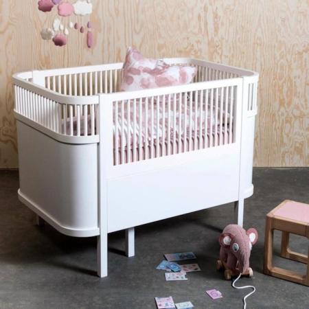 Sebra Harlequin Babybed white sfeer1