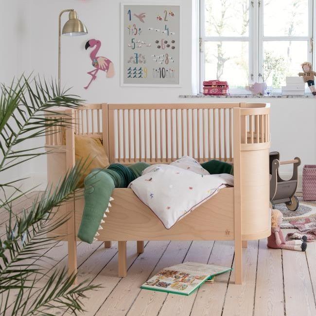 Sebra Harlequin Babybed wooden edition sfeer