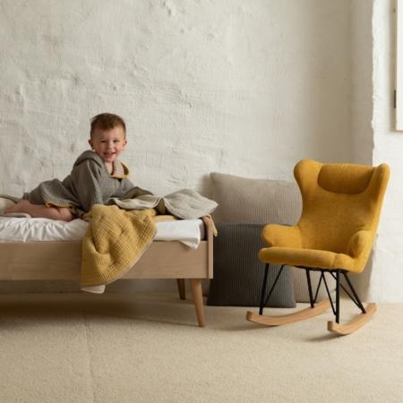 quax schommelstoel voor kinderen saffran sfeer