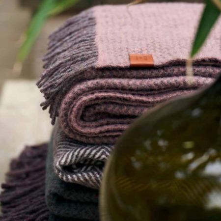 Klippan plaids Recycled Wool Wave sfeerfoto