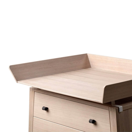 Leander Linea commode met changing unit eiken1