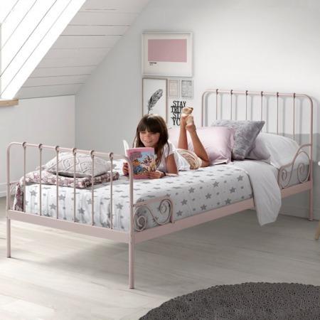 Vipack bed Alice roze sfeer