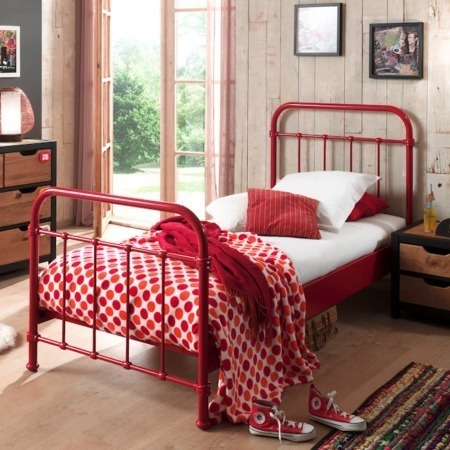 Vipack bed New York rood sfeer